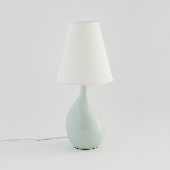 【写真】AIL VASE LAMP Pale green