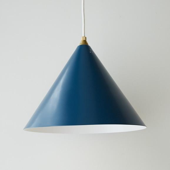 【写真】BERG LAMP Nordic Blue