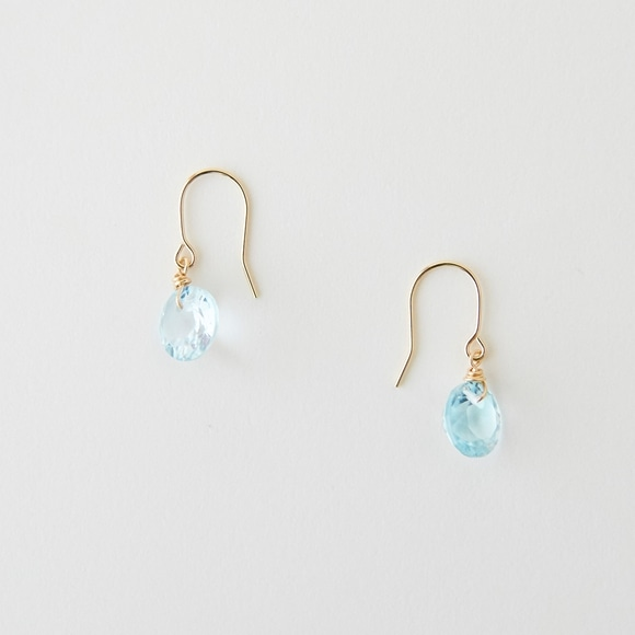 【写真】sai Pierce Blue Topaz