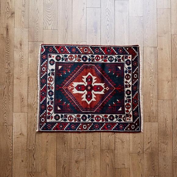 【写真】【一点物】トルコ絨毯 103×98 【1140】
