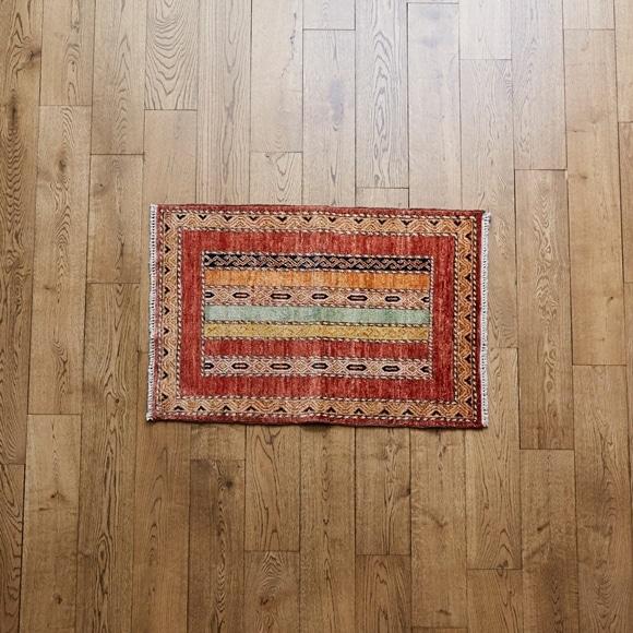 【写真】【一点物】トルコ絨毯 92×66 【948】