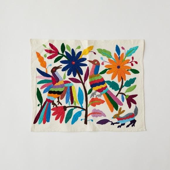 【写真】【一点物】オトミ刺繍 タペストリー S32