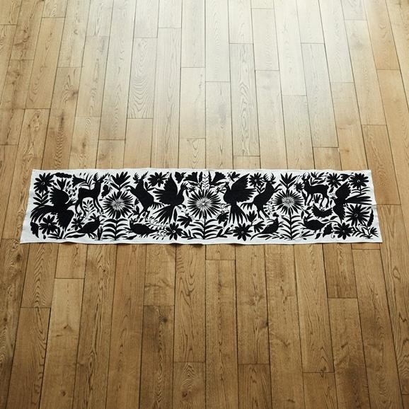 【写真】【一点物】オトミ刺繍 タペストリー M52