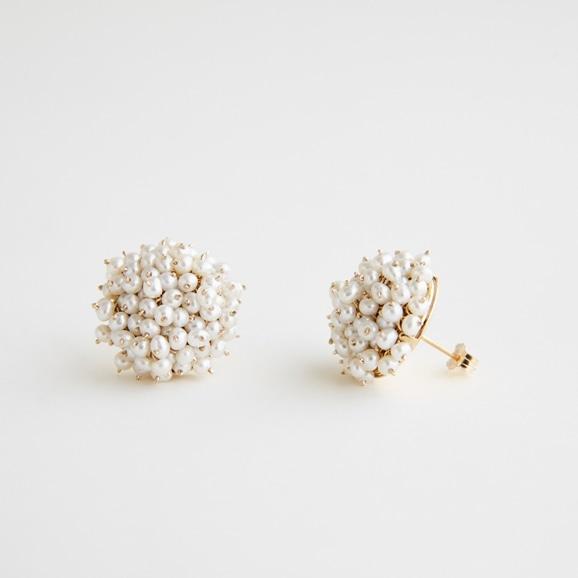 【写真】asumi bijoux shirotsumekusa bouquet pierce
